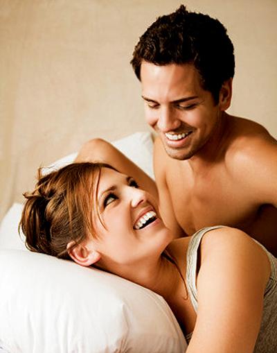 Vì sao phụ nữ thấy gắn bó sau khi làm tình hơn đàn ông?