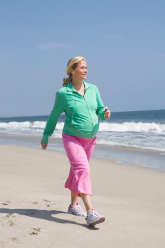 Cách đi bộ phù hợp cho bà mẹ mang thai