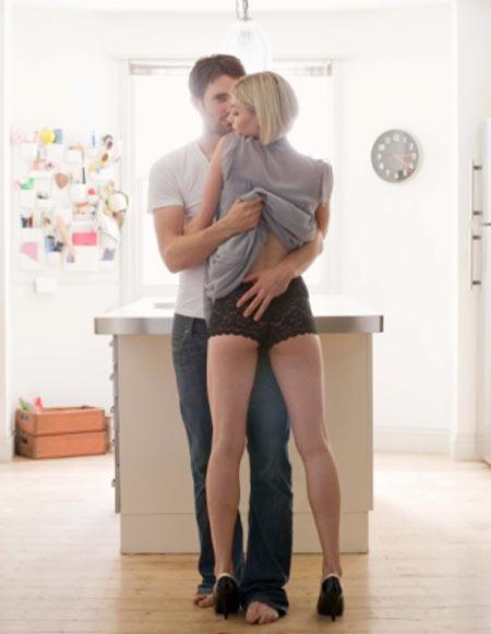 Tư thế quan hệ - Một số tư thế kích thích thêm ham muốn, tư thế qhtd, làm chuyện ấy, cách làm tình, giao hợp, nghệ thuật phòng the, quan hệ vợ chồng, ân ái, sex