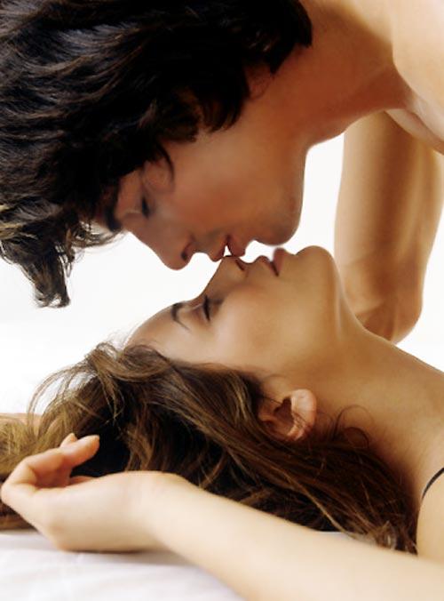 Tư thế dòng kẻ, tư thế qhtd, quan hệ vợ chồng, quan hệ tình dục, cách làm tình, chuyện ấy