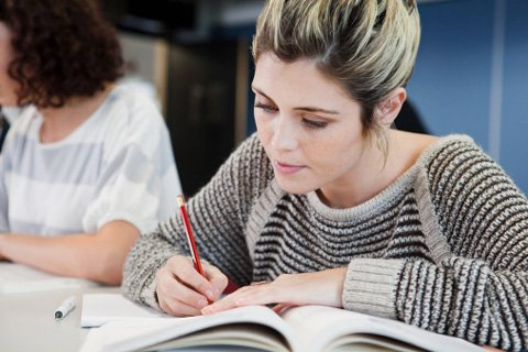 Nâng cao trình độ học vấn