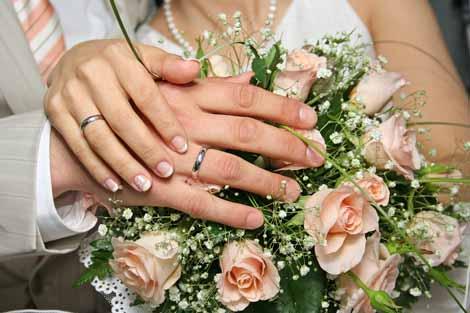 Phụ nữ chia sẻ những lợi ích nhãn tiền khi lấy chồng muộn 1