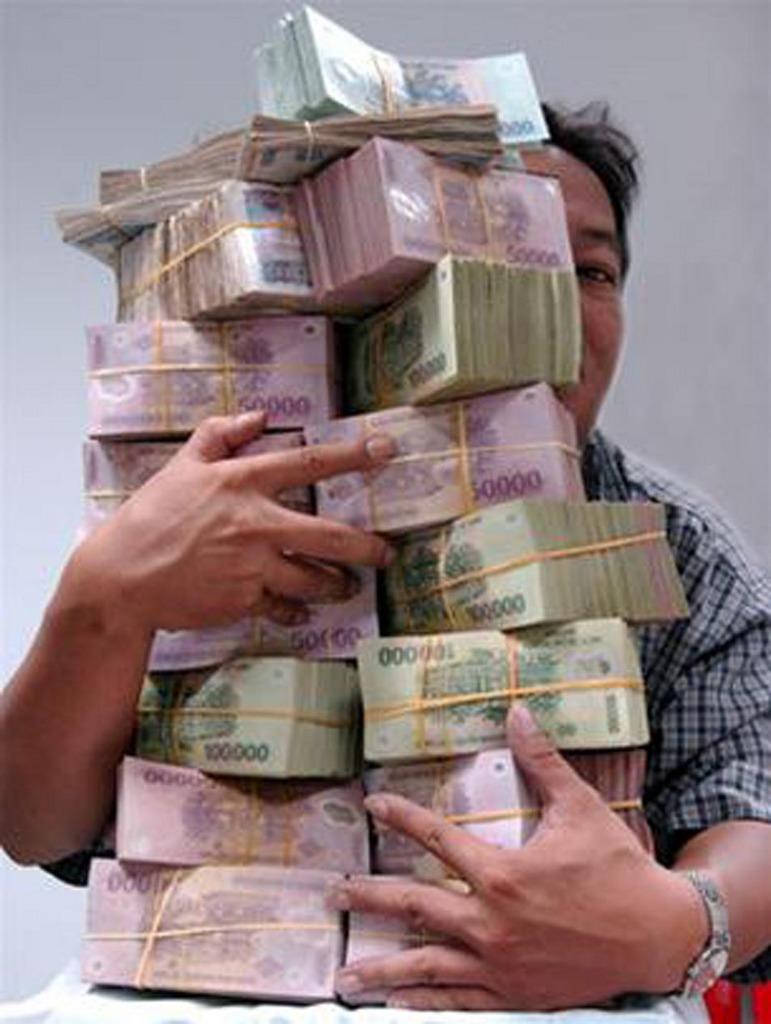 tiền và tình