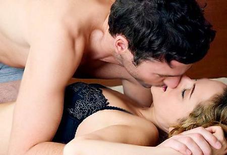 3 tư thế làm tình yêu mốt nhất năm 2013 - 2